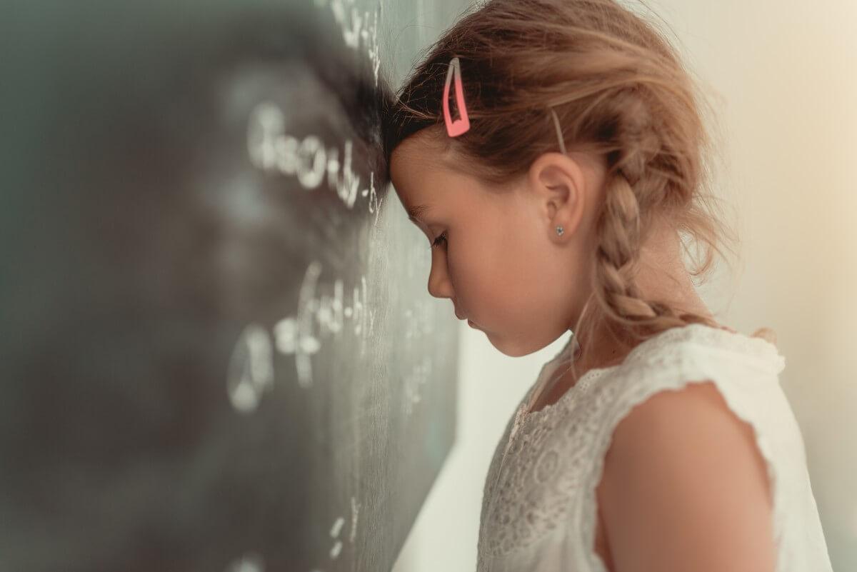 Co stoi za problemami w nauce i szkole, czy można trenować mózg?